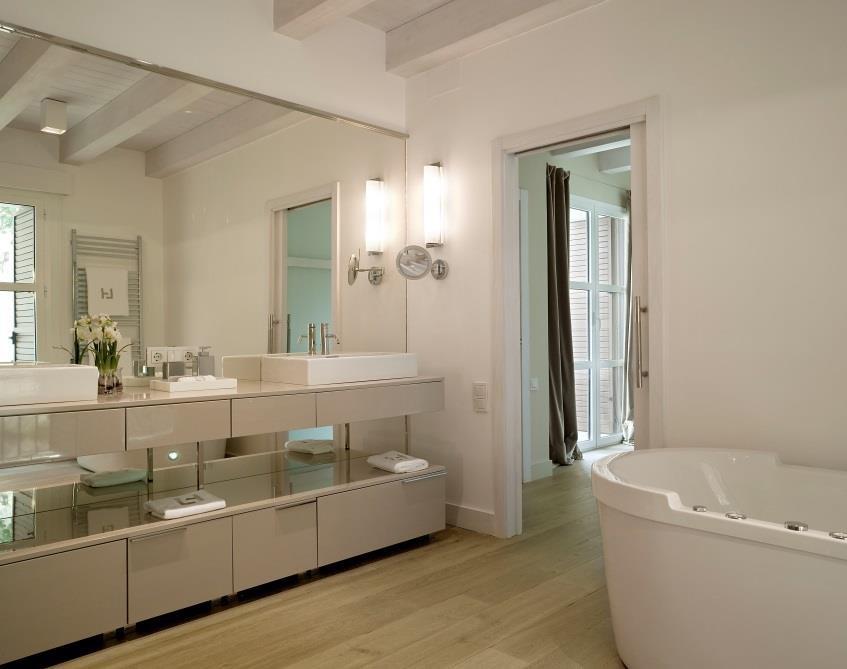 20170302 000940 kunstof laminaat badkamer - Houten meubels voor badkamers ...